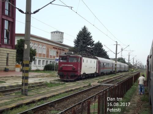 DSCF5068-Copy.jpg