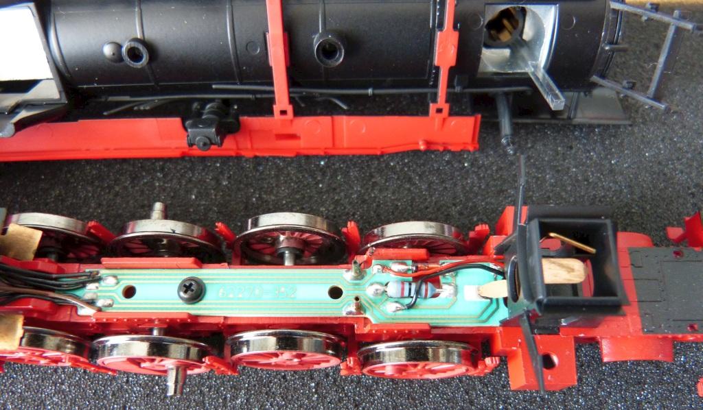 P1140001-BR50-Roco-preparations-for-new-steering-assembly_zpssylpwekj.jpg