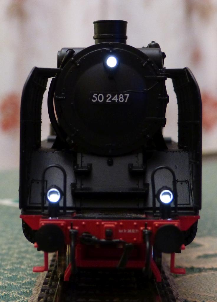 P1180170-BR50-Roco_zpsb9cl7ptx.jpg