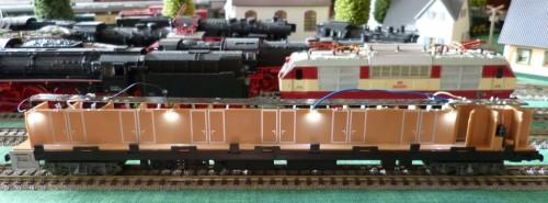 P1170699-vagon-dormit-CFR-lumini-culoar_zpscdkrmlbj.jpg