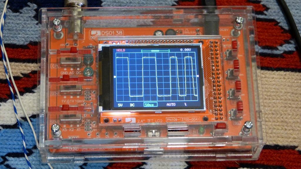 P1190569-osciloscop_zpsqfdt2xc0.jpg
